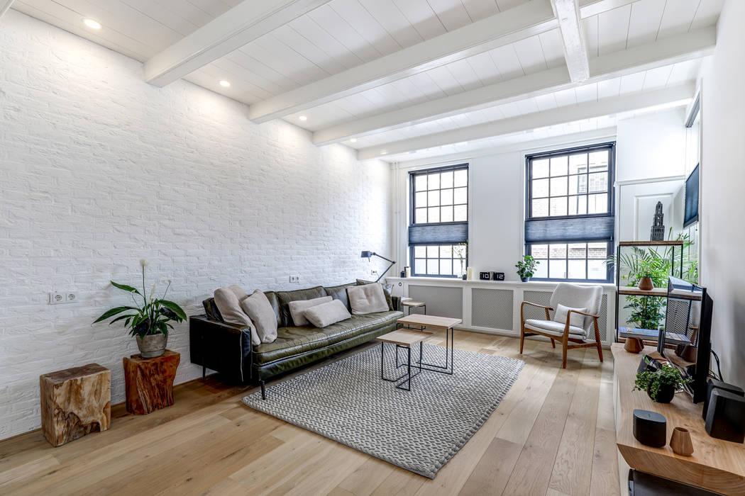 woonkamer Minimalistische woonkamers van MIRA Interieur & Meubelontwerp Minimalistisch
