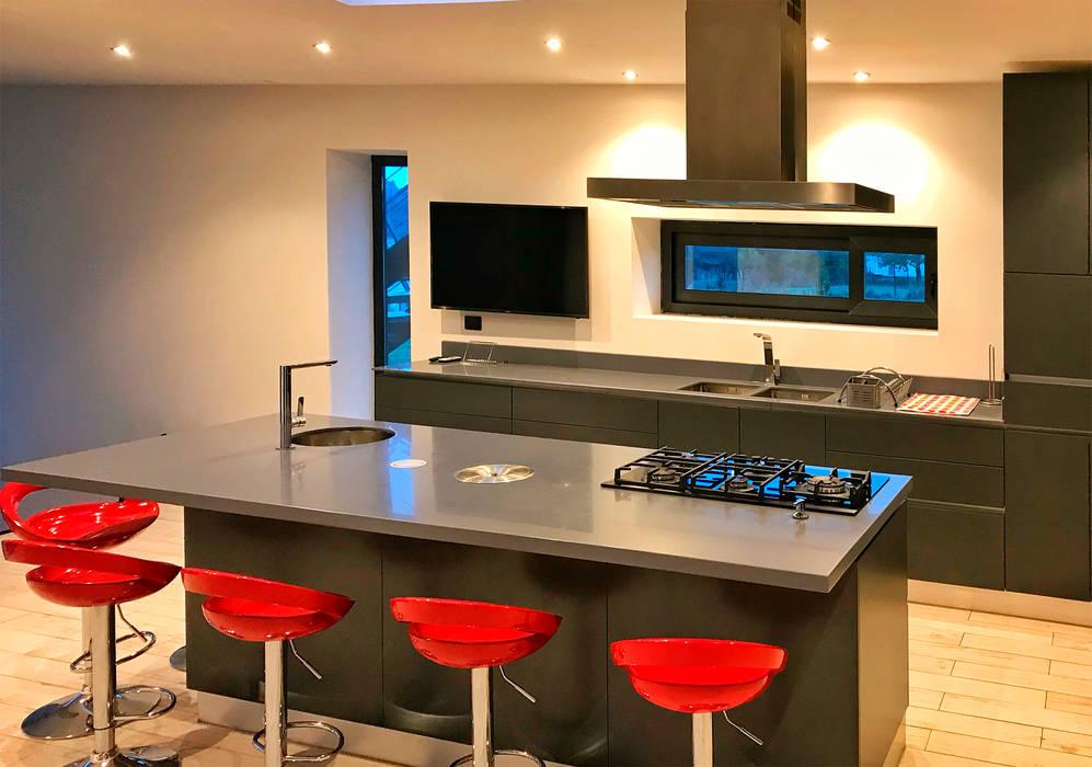 Cocina 1: Cocinas equipadas de estilo  por BUVINIC ARQUITECTURA, Moderno