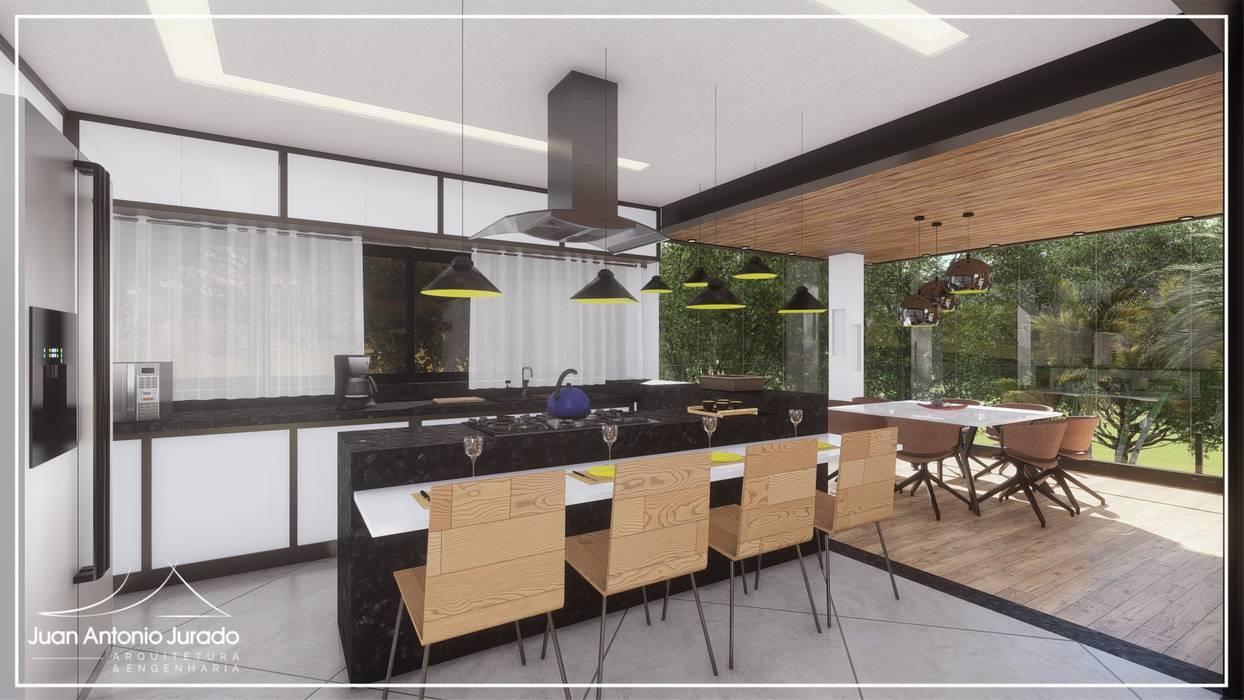 Cozinha e Sala de Jantar: Salas de jantar  por Juan Jurado Arquitetura & Engenharia,