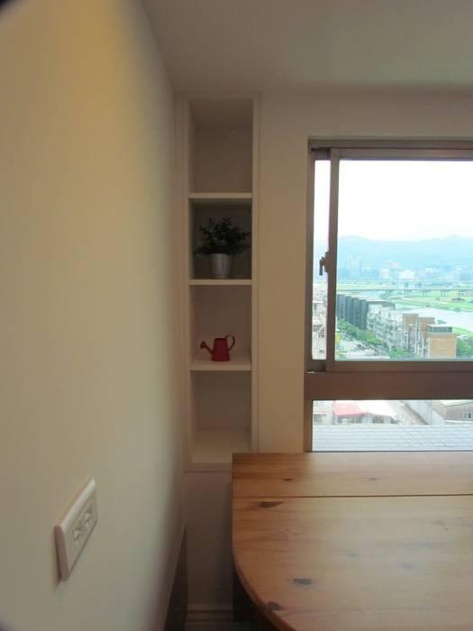 全室案例-台北市松山區:  餐廳 by ISQ 質の木系統家具, 簡約風