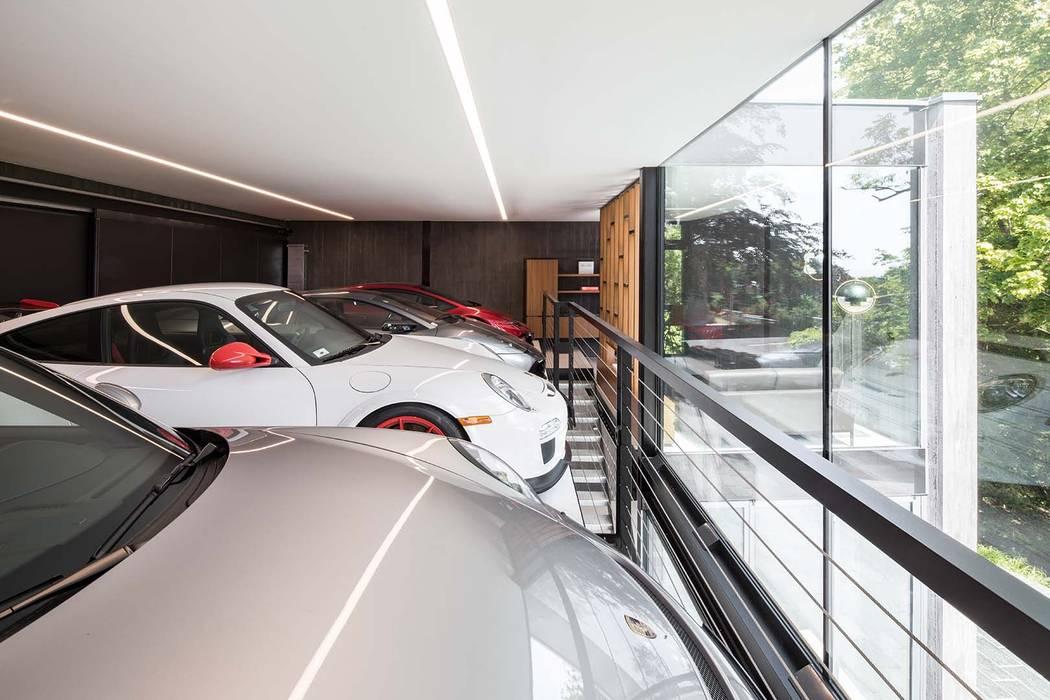 Lounge Z Moderne Garagen & Schuppen von destilat Design Studio GmbH Modern