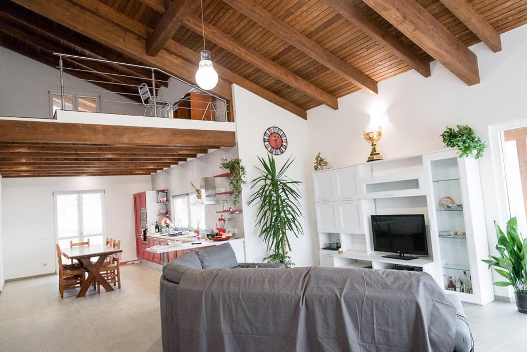 Living room by Building Evolution,