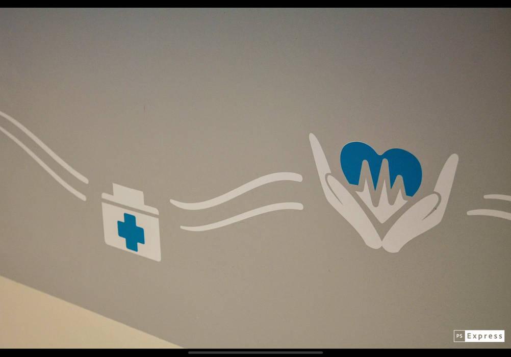 Hôpitaux de style  par SP estudio, Moderne