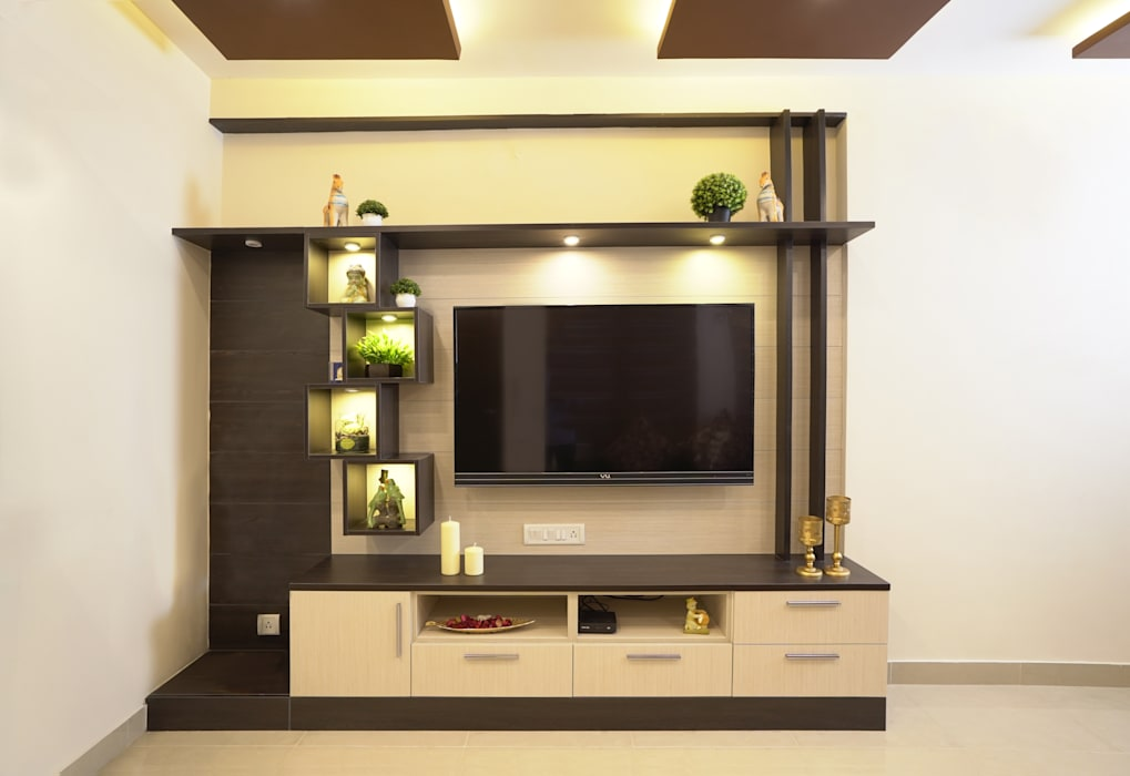 Entertainment Unit in Living Area:  Living room by HomeLane.com,