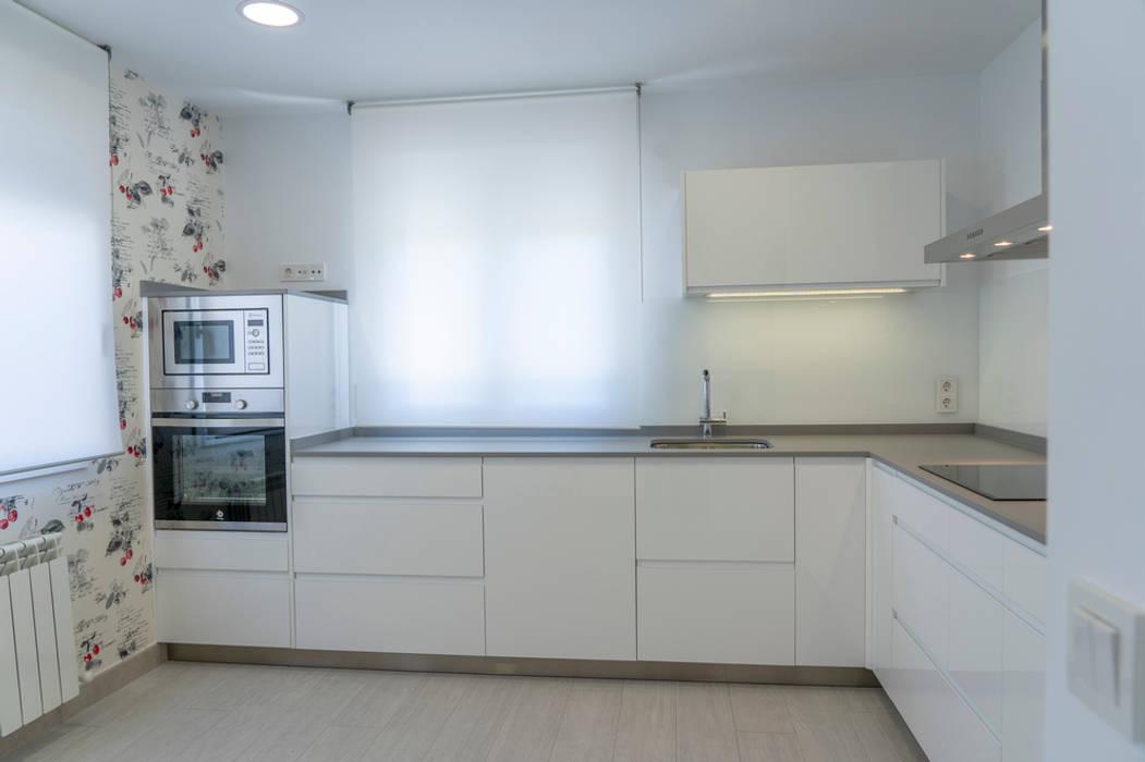Cocina en forma de l cocinas peque as de estilo de suarco - Cocinas pequenas en forma de ele ...