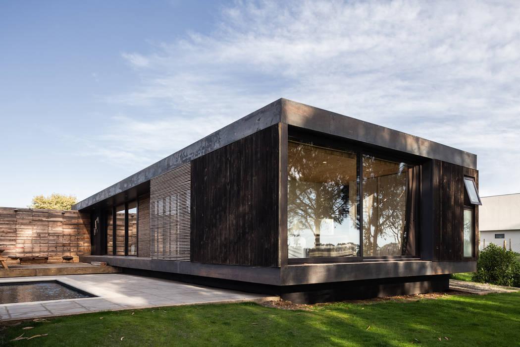 AFARQ Arquitectos Minimalist houses