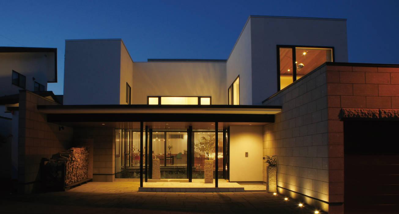 Casas unifamiliares de estilo  por 北渡建設一級建築士事務所,