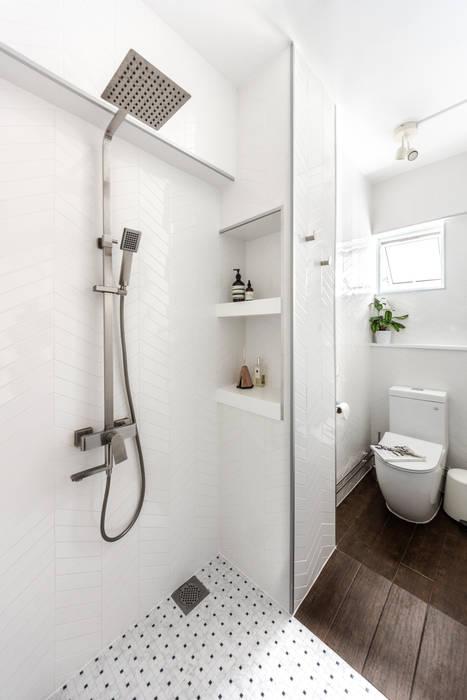Bathroom Distinctidentity Pte Ltd Modern Bathroom