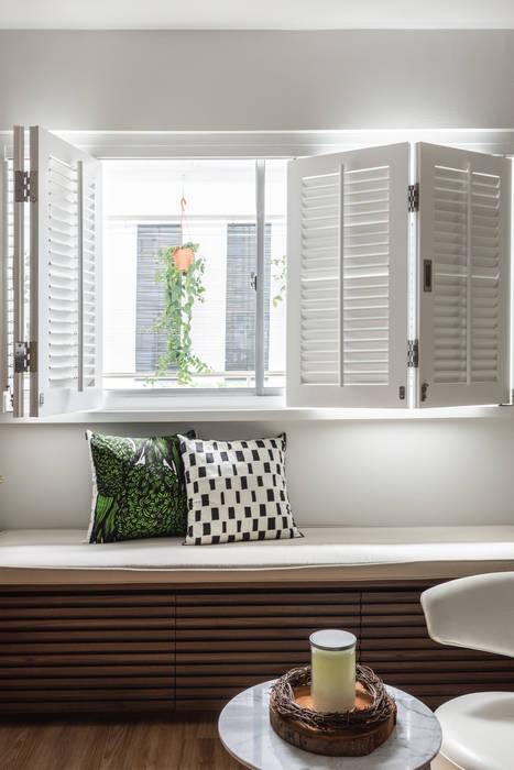 Fenêtres & Portes modernes par Distinctidentity Pte Ltd Moderne