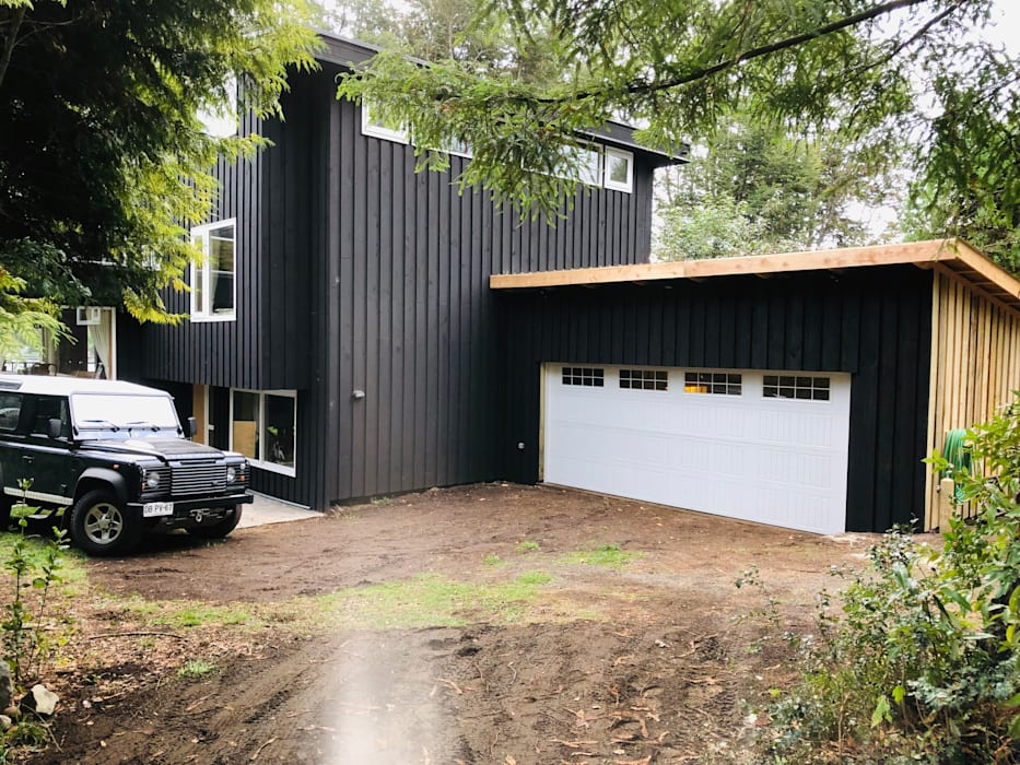 Puerta de Garaje 5400x2120: Garages de estilo  por Portones Patagonia,