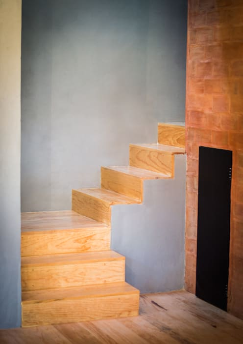 Stairs by RAMLE Arquitectos, Modern Wood Wood effect
