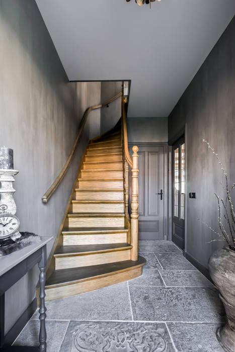 Corridor & hallway by Pure & Original