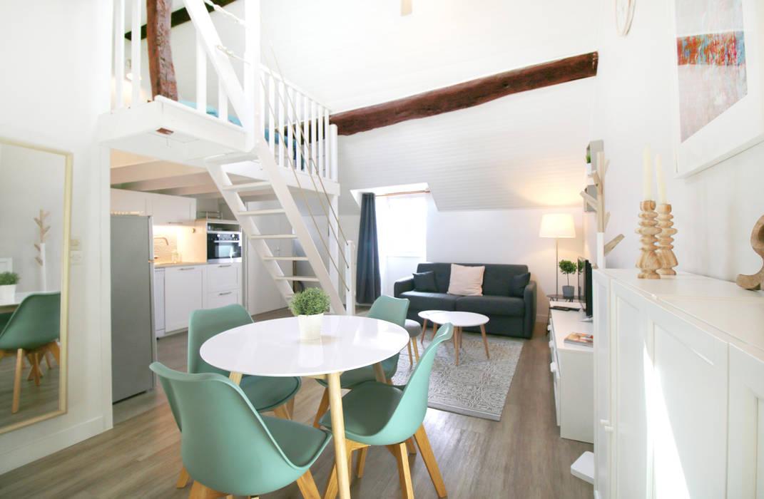 Studio meublé. salon moderne par ingrid martin décoration ...