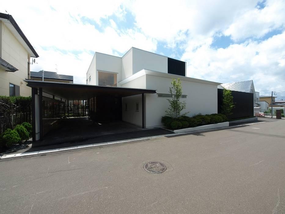 Casas unifamiliares de estilo  por HOKUTO DESIGN OFFICE,