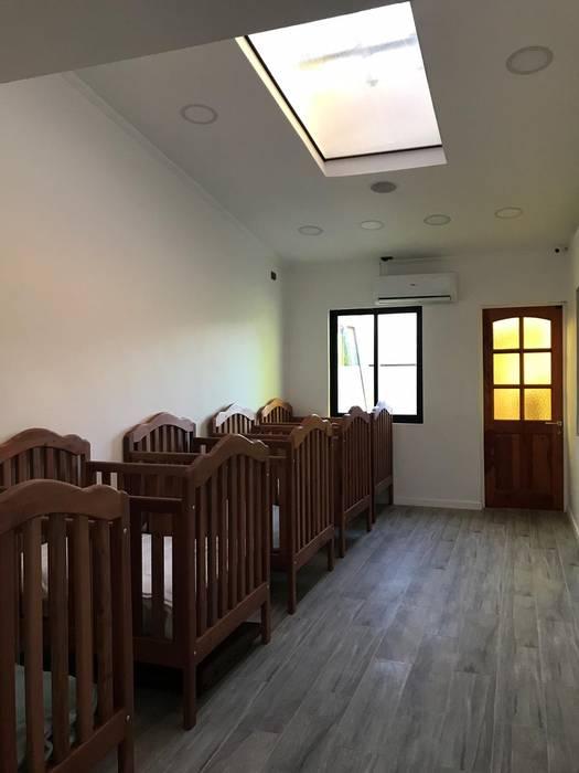 Arbeitszimmer von Estudio Arquitectura y construccion PR/ Arquitectura, Construccion y Diseño de interiores / Santiago, Rancagua y Viña del mar, Modern