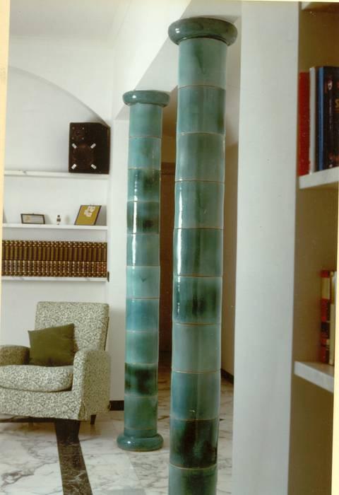 Living room by ARTE DELL' ABITARE, Mediterranean