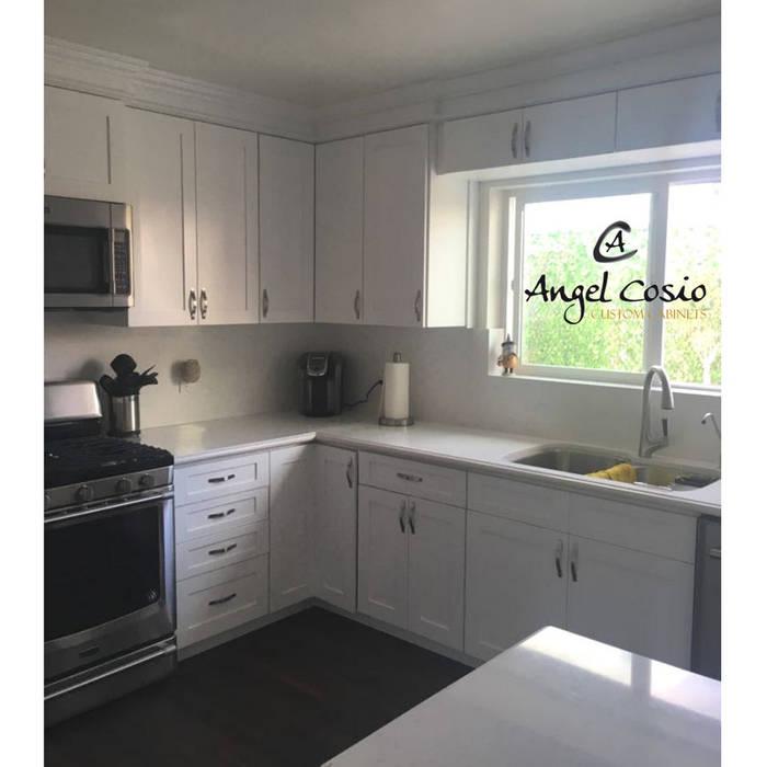 Cocina SHAKER Blanco Artico .. Especial para TI!.. de Angel Cosio Cocinas y Muebles Ecléctico Madera Acabado en madera