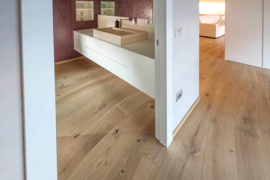 Sàn theo Bolefloor , Hiện đại Gỗ Wood effect