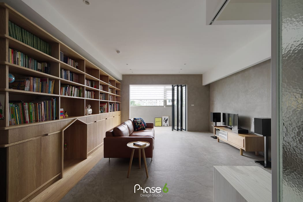 Apartment  W:  地板 by 六相設計 Phase6, 隨意取材風