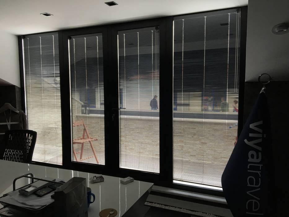 Melih Alüminyum Pvc Doğrama Yapı Sistemleri – Saray SI58 ısı yalıtımlı kapı ve pencere sistemleri:  tarz Ofis Alanları,