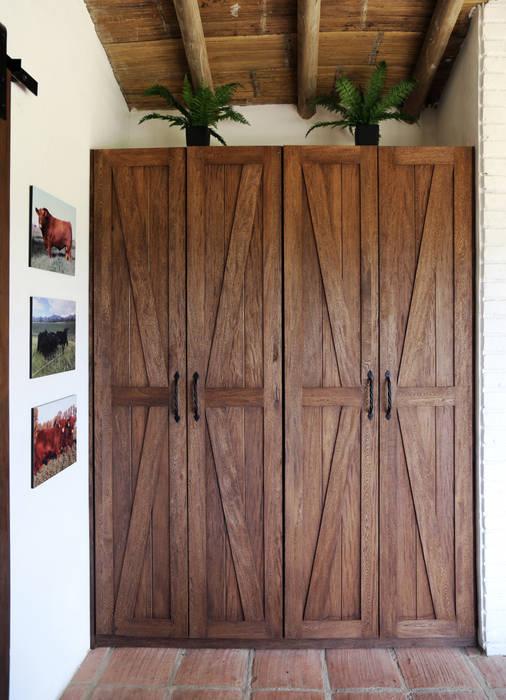 Casa AV, Etapa 1 Puertas estilo rústico de Gamma Rústico