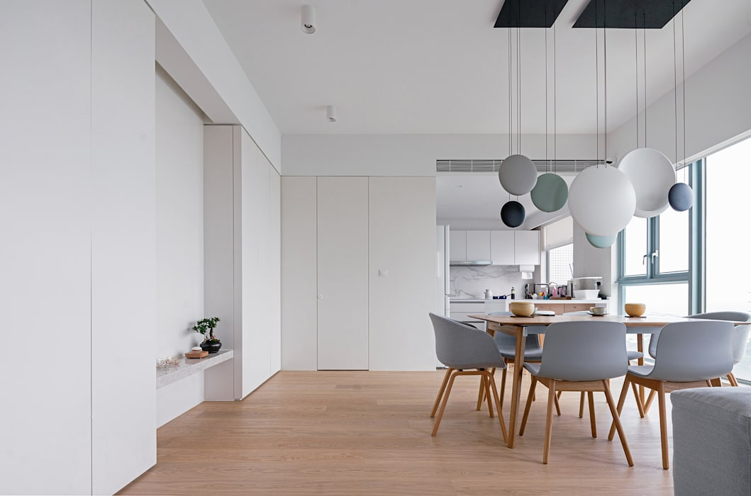 Dining room by arctitudesign, Minimalist