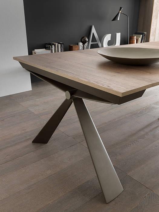 餐廳 by Mobili a Colori , 現代風 複合木地板 Transparent