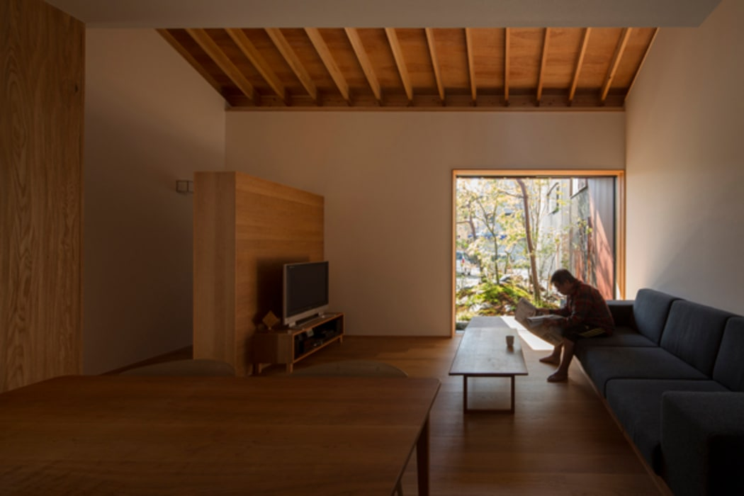 Ruang Keluarga Modern Oleh Snowdesignoffice Modern