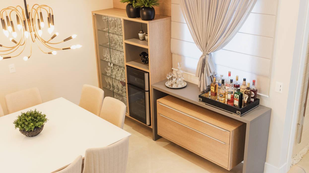 Residência AZG: Adegas  por Ismael Valério Arquitetura e Interiores,