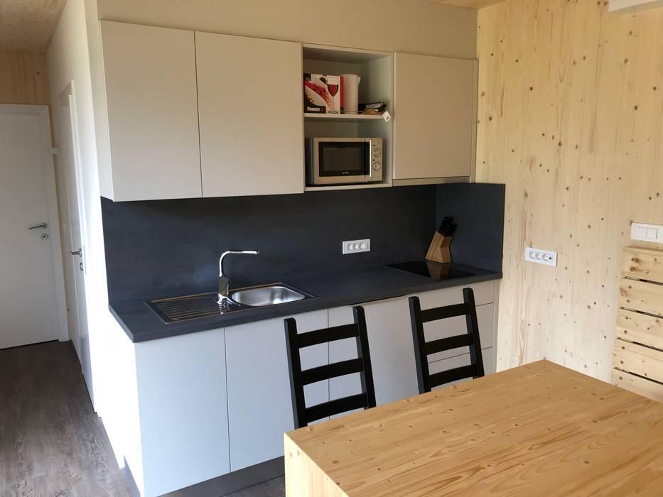 Hotels by WoodCube GmbH, Modern Wood Wood effect