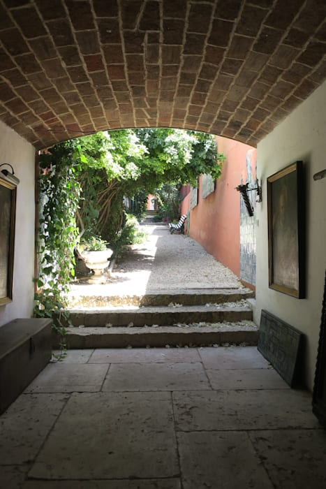 Passagem para o jardim: Jardins zen  por Maria Mayer | Interior & Landscape Design,