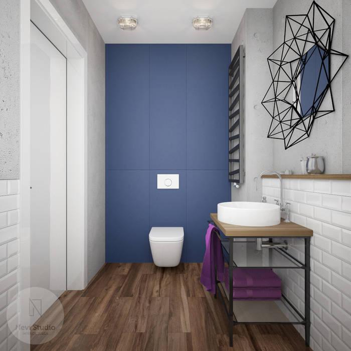 Nevi Studio Industrial style bathroom Concrete Blue