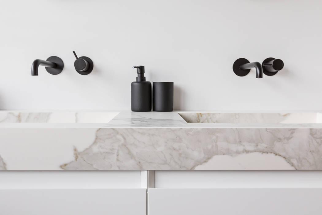 Badkamer Moderne badkamers van InHouse Design Modern