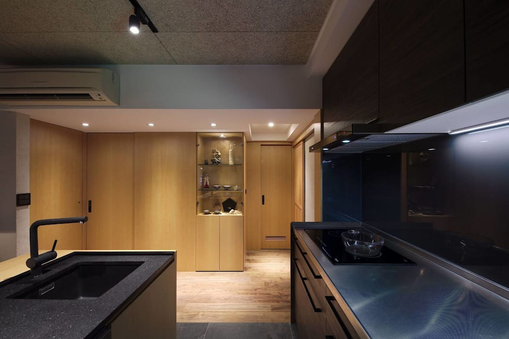 Tủ bếp theo 直方設計有限公司,