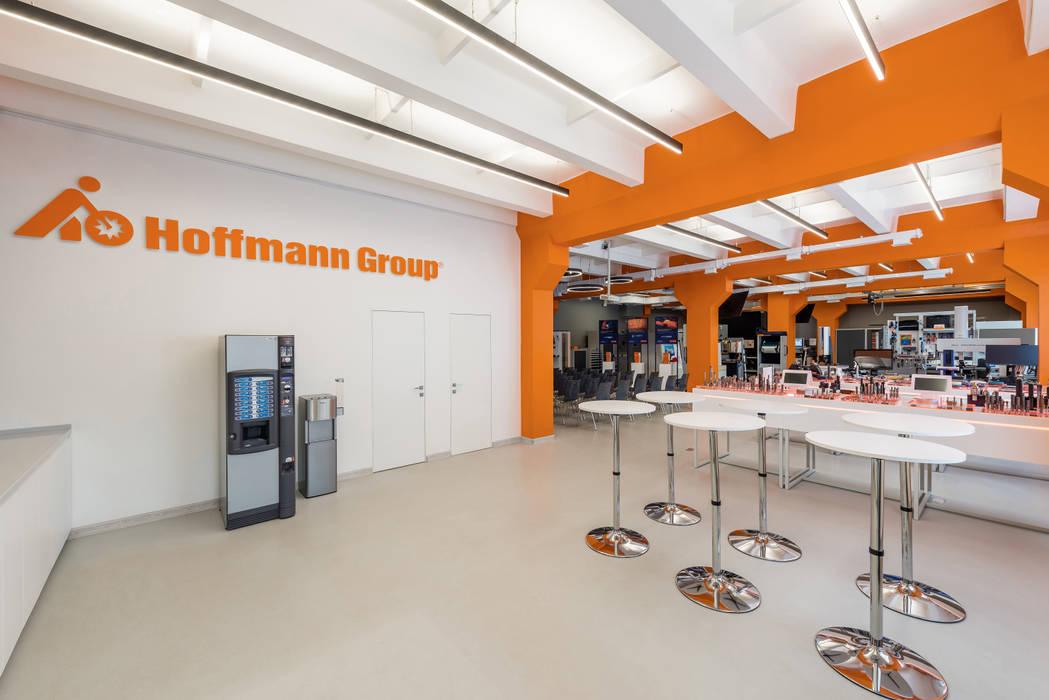 Hoffmann Group: Коммерческие помещения в . Автор – Wide Design Group, Минимализм