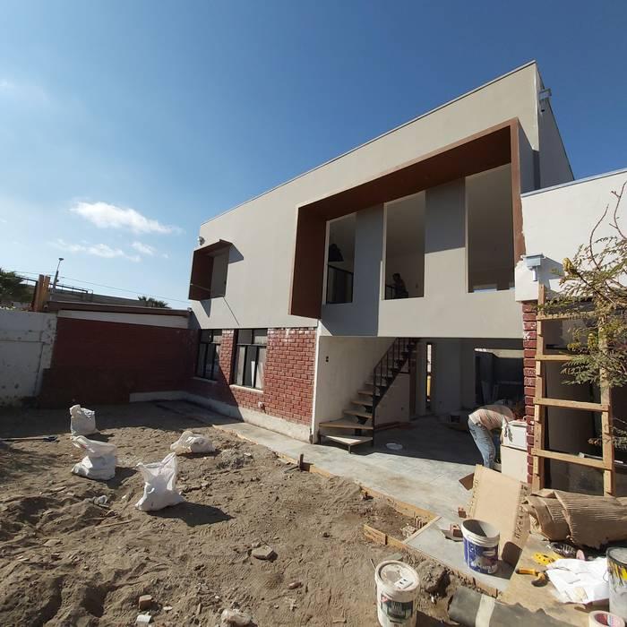 Avance real: Casas de estilo  por Contreras Arquitecto,