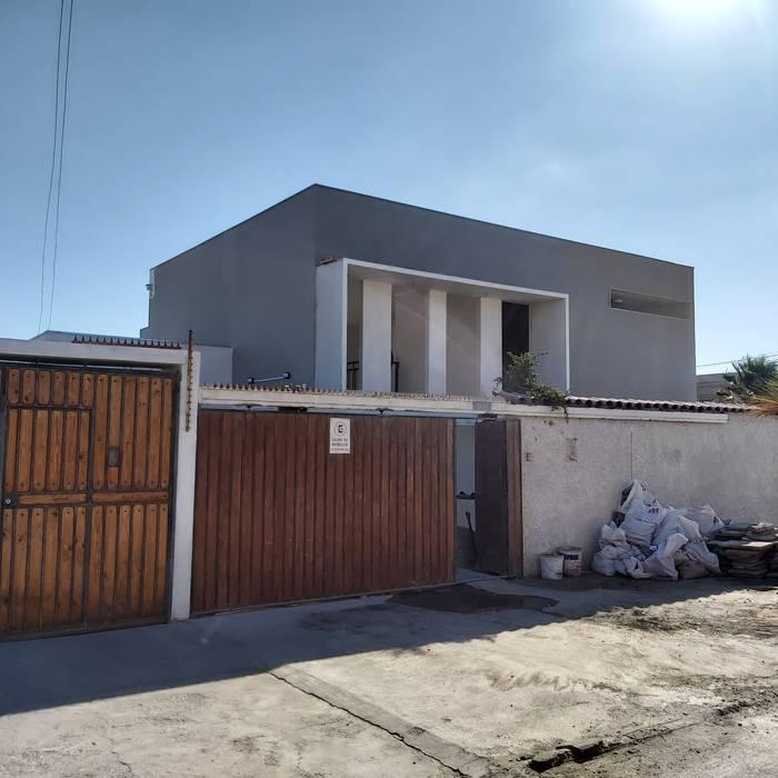 Fachada principal: Casas de estilo  por Contreras Arquitecto, Minimalista