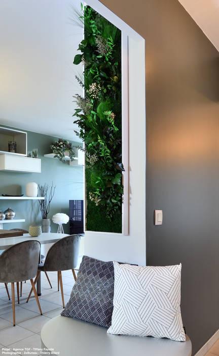 Dégagement principal Salon moderne par Tiffany FAYOLLE Moderne