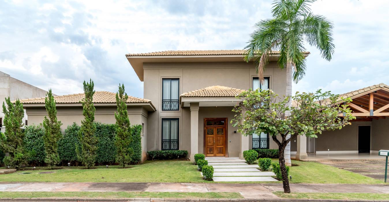 Casas unifamiliares de estilo  por Carolina Fagundes - Arquitetura e Interiores, Clásico