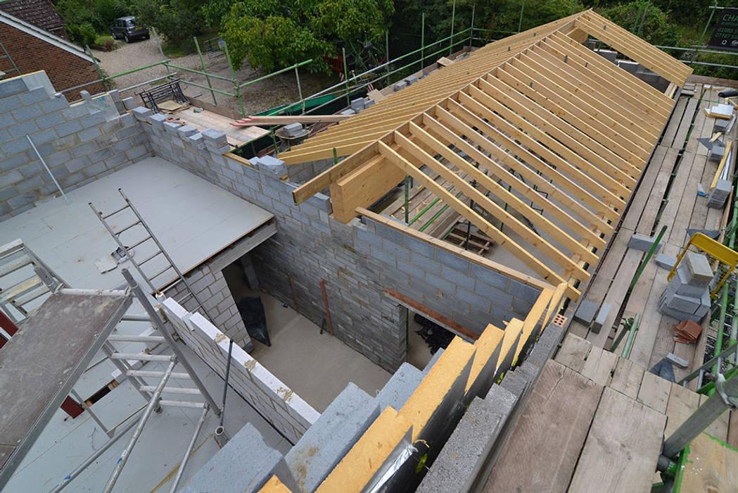 New-Build House - Old Barn par Storyboard Architects Ltd Moderne