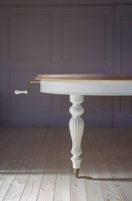 Tavolo ovale stile inglese con estensione a manovella, gambe ...