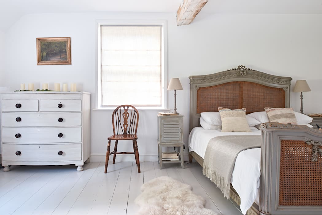 Watermill Restoration :  Small bedroom by Hart Design and Construction , Country