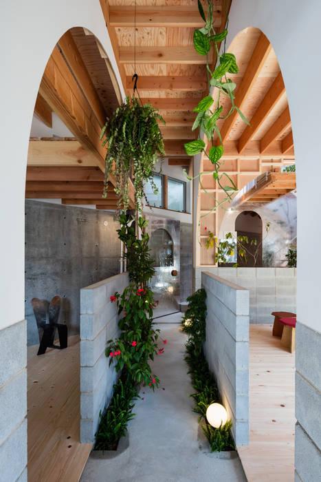 FUMIASO ARCHITECT & ASSOCIATES/ 阿曽芙実建築設計事務所 Studio moderno Legno