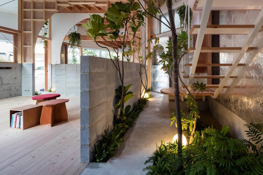 FUMIASO ARCHITECT & ASSOCIATES/ 阿曽芙実建築設計事務所 Studio in stile mediterraneo Legno