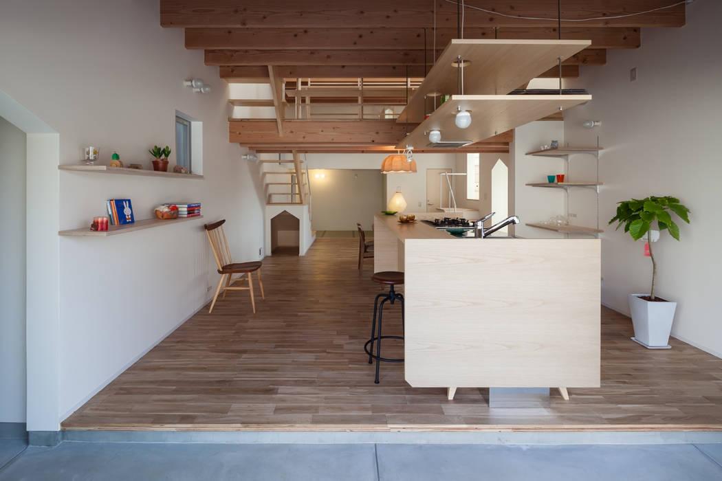 FUMIASO ARCHITECT & ASSOCIATES/ 阿曽芙実建築設計事務所 Cucina eclettica
