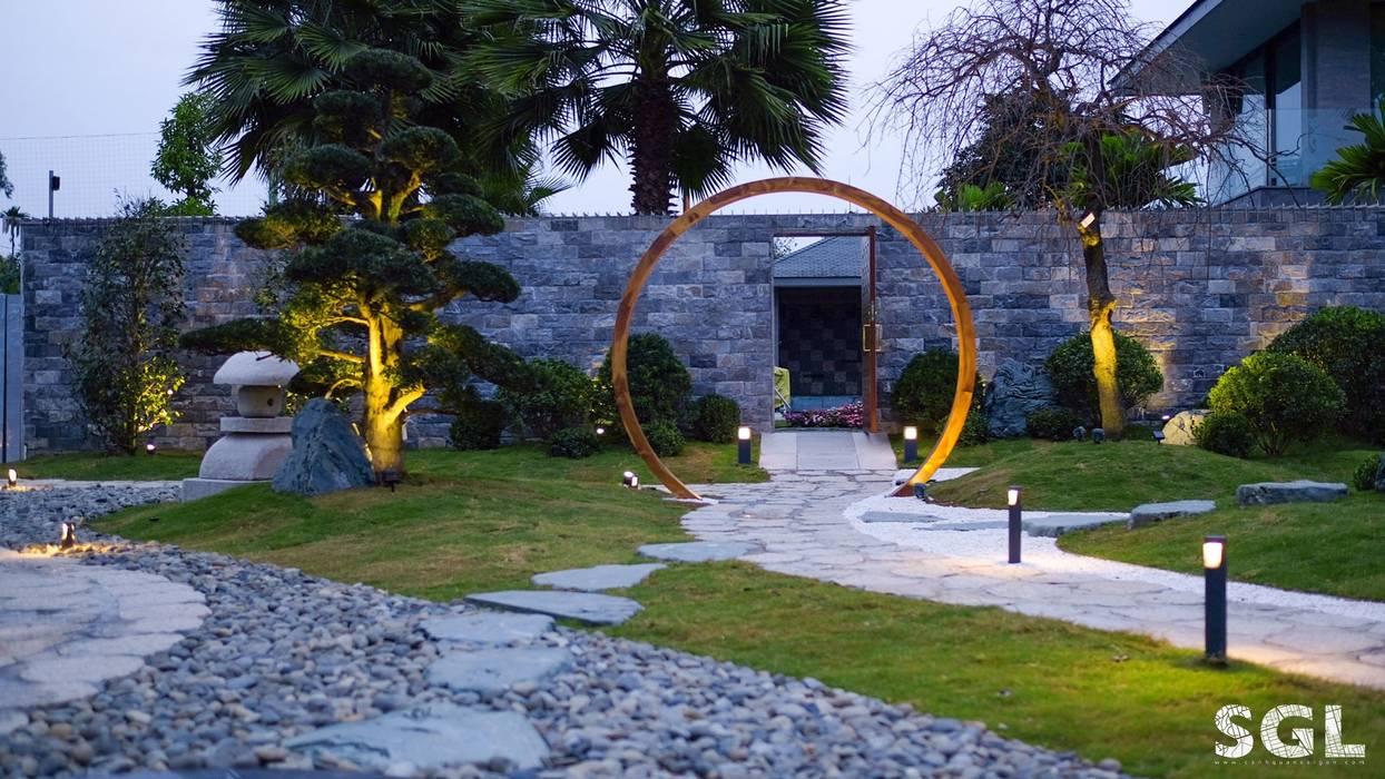 CỔNG NGUYỆT MÔN bởi SGL LANDSCAPE ARCHITECTURE CO.,LTD Châu Á
