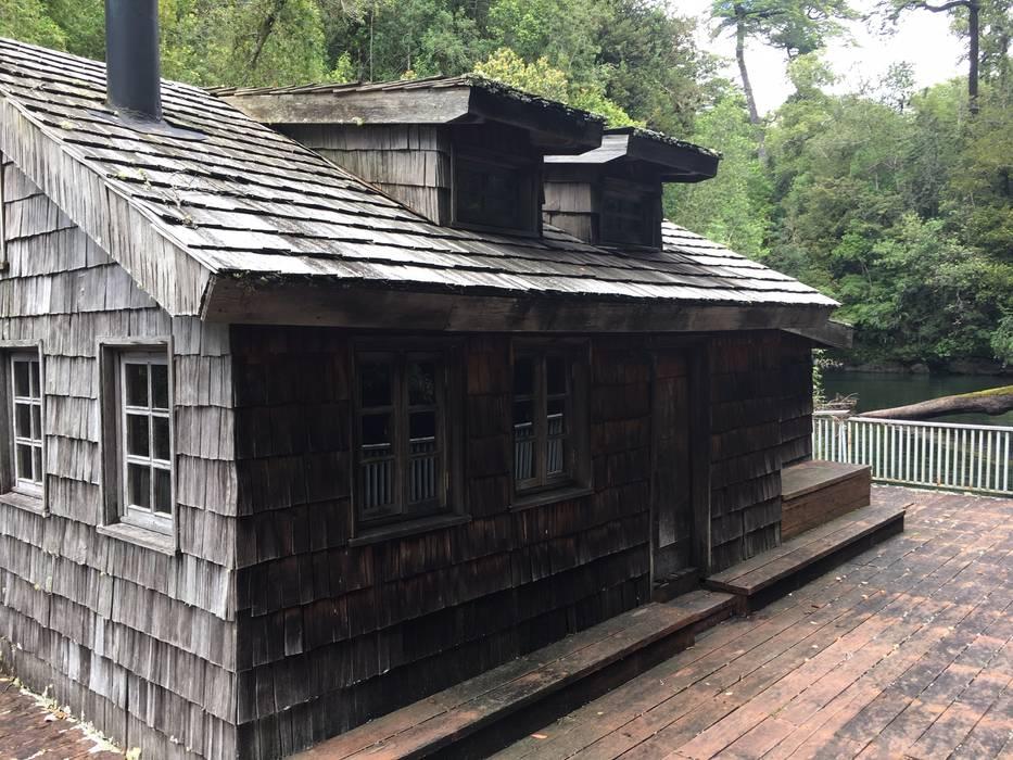 La casita flotante: Casas de estilo  por Construccion Americana,