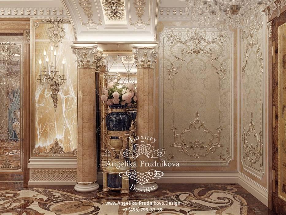 Дизайн-проект интерьера квартиры в стиле барокко элитном Доме: Коридор и прихожая в . Автор – Дизайн-студия элитных интерьеров Анжелики Прудниковой, Классический