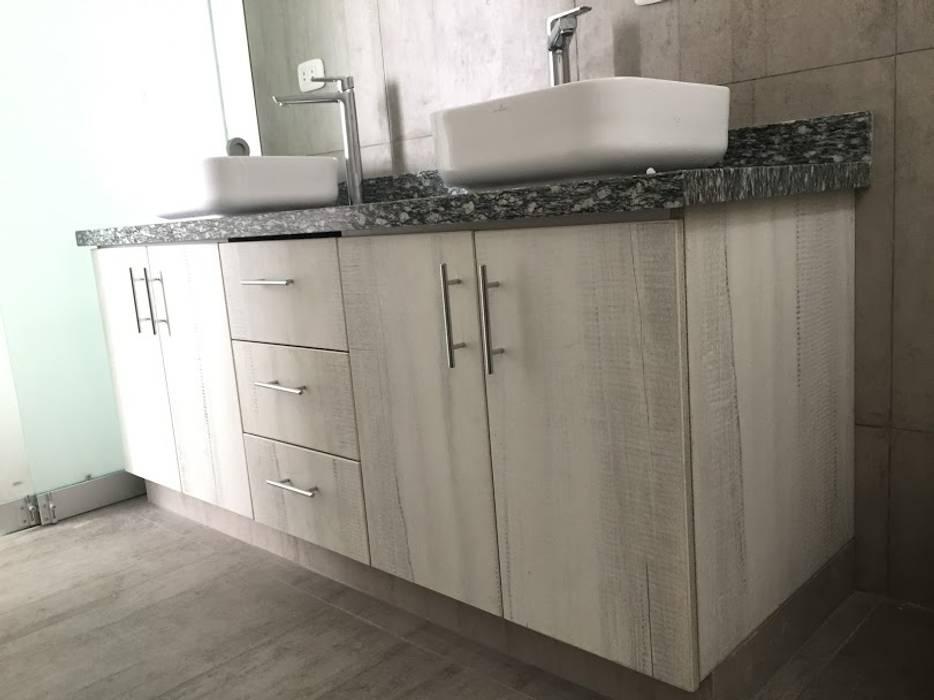 YR Solutions Modern bathroom