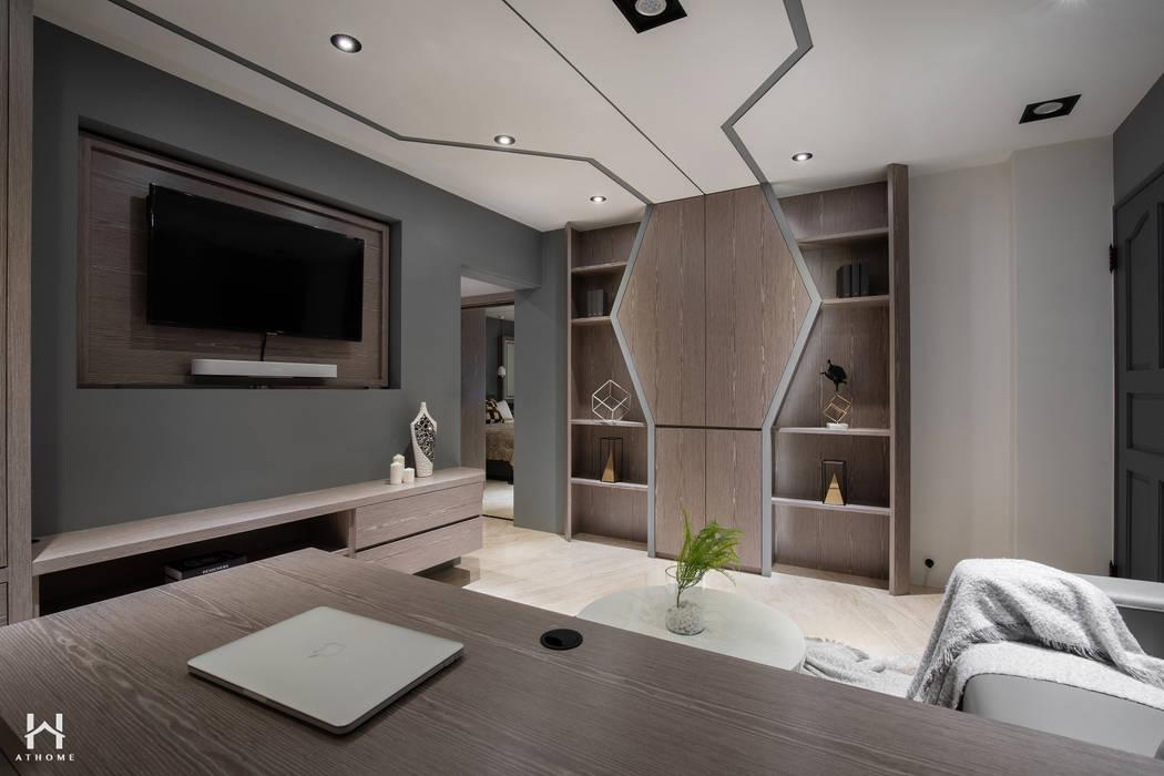 Cuartos pequeños de estilo  por 在家空間設計, Moderno Madera maciza Multicolor